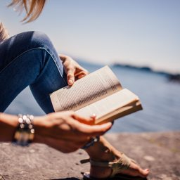 5 Reasons We'd Rather be Reading